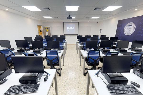 Laboratios de computadoras (Aula-507)