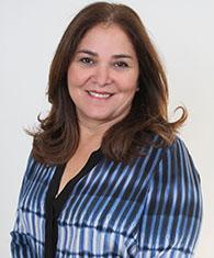 Grace Cochón, vicerrectora administrativa