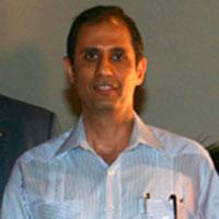 Oscar Hasbun, Odontología UNIBE