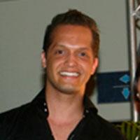 Robert Pimentel, Administración de Empresas Turísticas y Hoteleras UNIBE