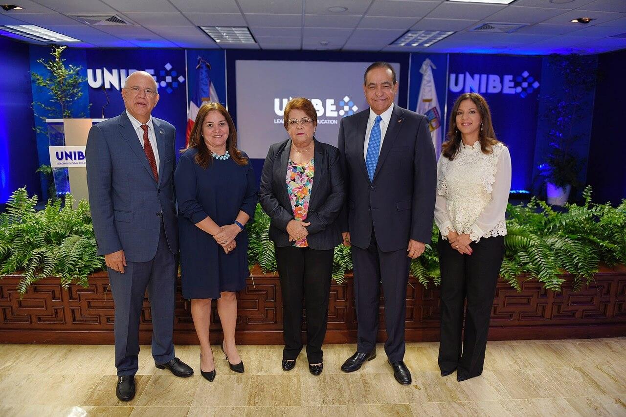 UNIBE presenta la incorporacion de su oferta academica bilingue y su nueva identidad corporat