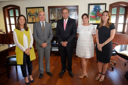 Dra. Odile Camilo, embajador Gianlucca Grippa, Dr. Julio A. Castaños Guzmán, Priscila M. Torres, Dra. Loraine Amell
