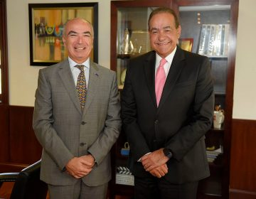 Embajador de la Unión Europea visita UNIBE