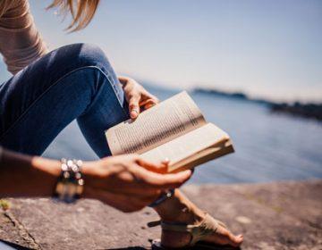 Importancia de la educación literaria en la  formación del profesional de hoy