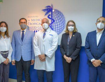 El Instituto de Medicina Tropical y Salud Global (IMTSAG – UNIBE), recibió la visita del Ministro de Economía, Planificación y Desarrollo