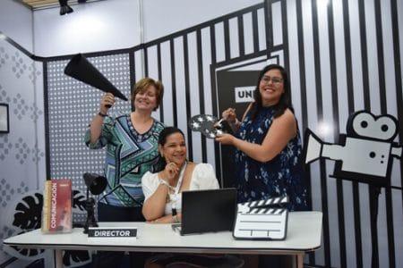 Sandra Gómez, directora de la Escuela de Diseño de Interiores UNIBE, Yvette Marichal, directora de la DGCINE y Cristina Zapata, directora de la Escuela de Comunicación UNIBE