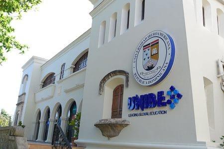 UNIBE y el ICGEB firman acuerdo para realizar investigaciones sobre COVID-19