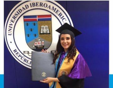 Estudiante de la escuela de Educación recibe el premio a la Excelencia Académica en la XLIX Graduación Ordinaria 2020