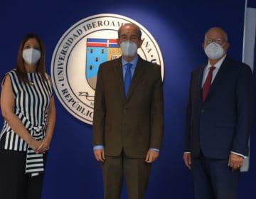 Unibe recibe la visita del nuevo ministro del Mescyt en sus instalaciones