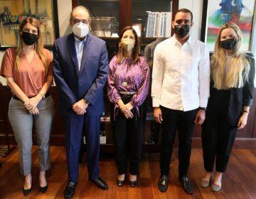 Unibe recibe la visita del viceministro de política exterior del Mirex