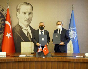 Unibe y la Universidad de Ankara, en la República de Turquía, firman convenio de colaboración académica