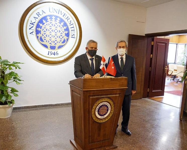 Mediante este convenio se podrá promover, a través de la internacionalización del curriculum, la cultura turca y servir de enlace para futuros proyectos en distintos ámbitos