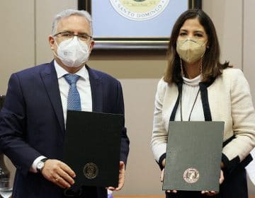 Embajador de República Dominicana en Turquía visita las instalaciones de Unibe
